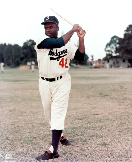 Jackie_robinson_medium