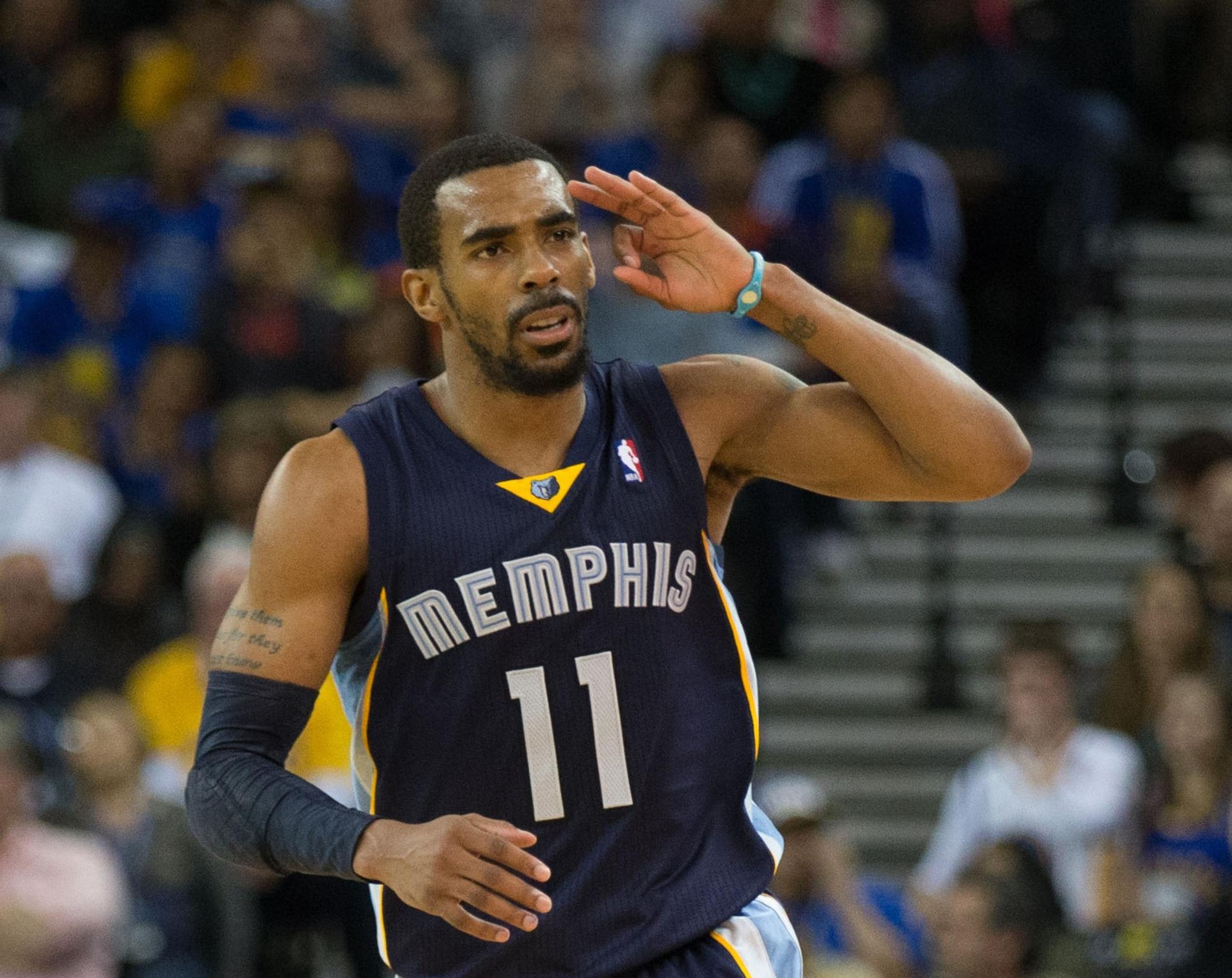 Memphis Grizzlies Mike Conley wins NBA s Joe Dumars Award for
