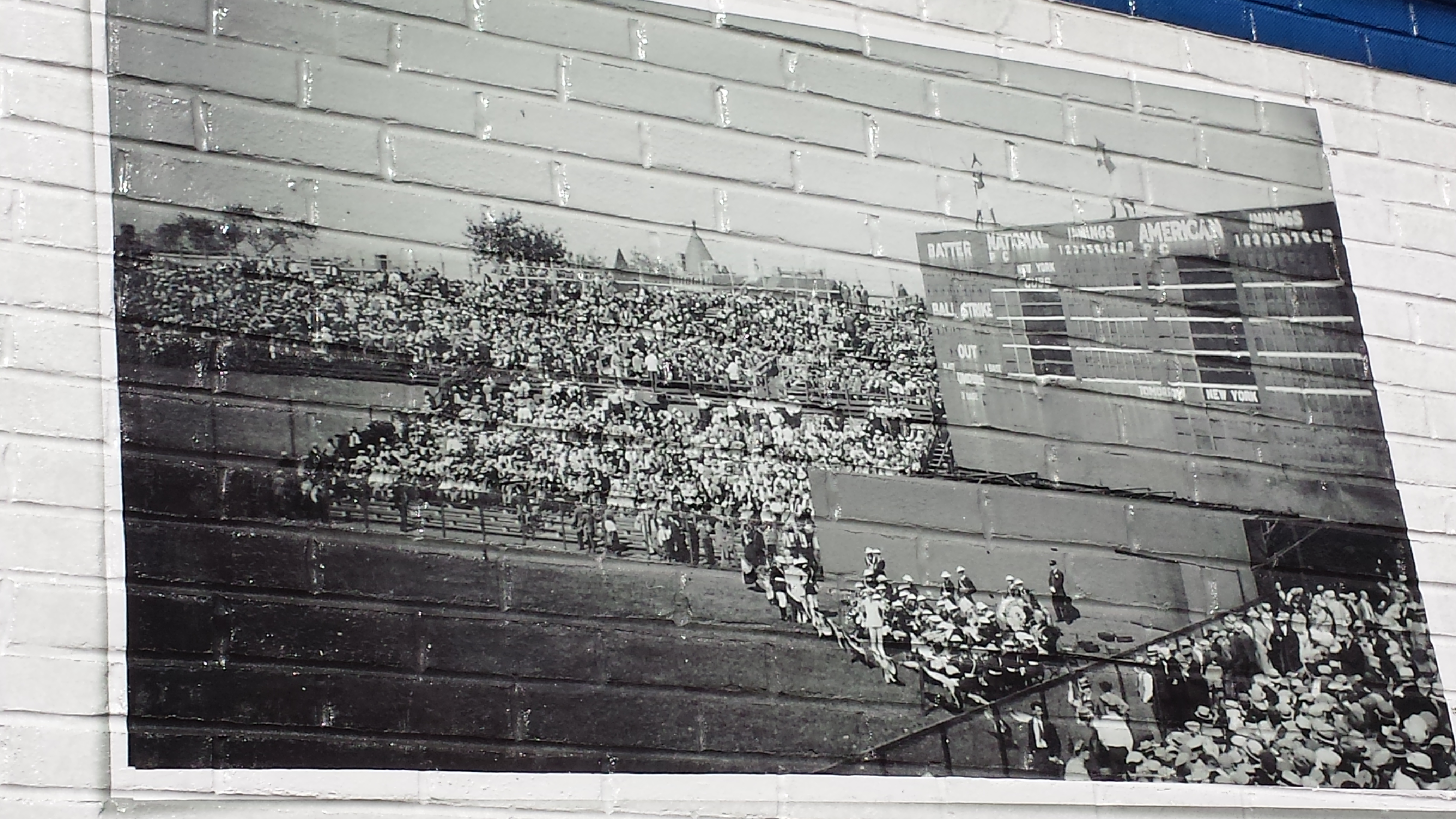 Theres another wrigley field mural mistake bleed cubbie blue photo al yellon amipublicfo Gallery