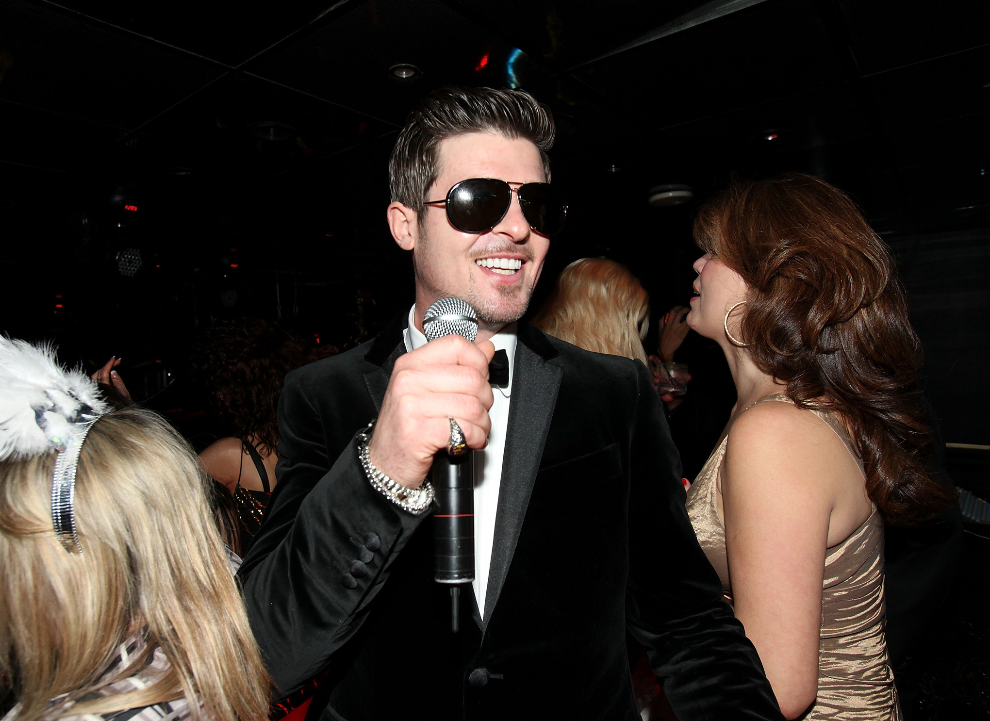To hate robin thicke you have to know robin thicke vox robinthicke2009 robin thicke nvjuhfo Image collections