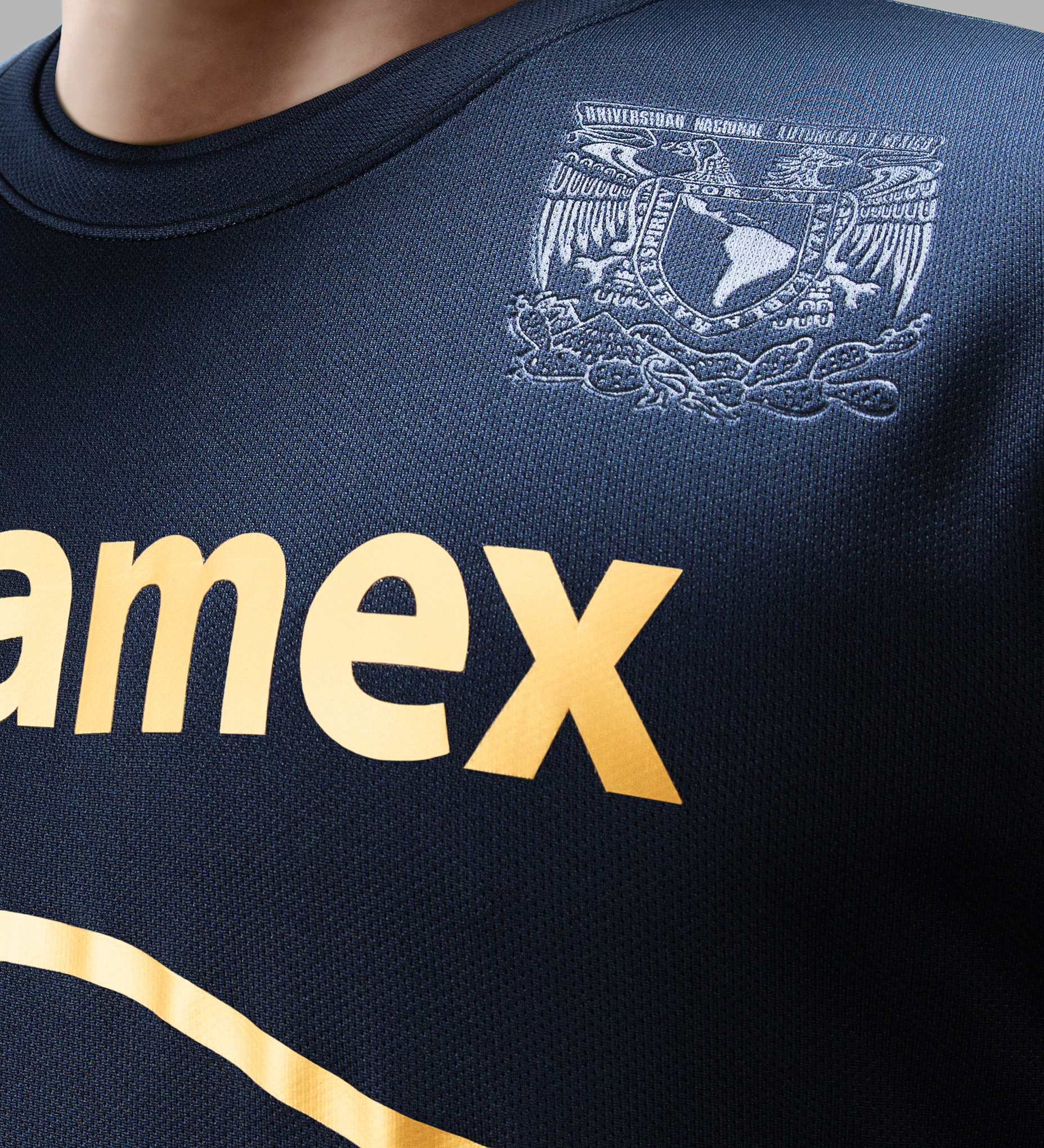 Pumas_away_crest_1_original_medium
