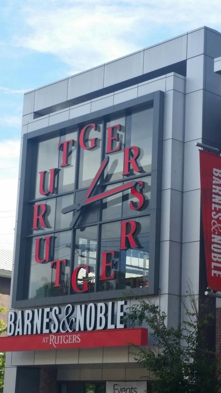 Rutgers_b___n_clock_medium