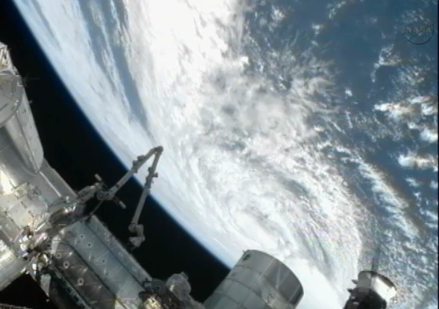 hurricane sandy from space station - photo #2