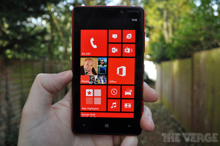 Lumia 820 review hed 1020