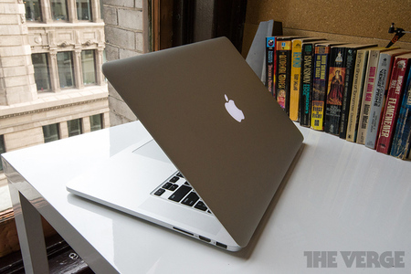 Apple Retina MacBook Pro 15 STOCK