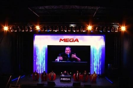 mega stage 800