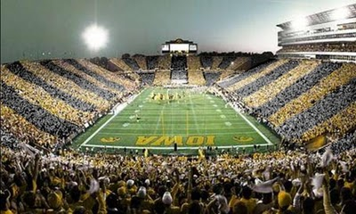 Black-and-gold-kinnick