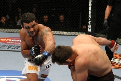 Vitor-belfort-vs-rich-franklin-mma-8261115-550-367
