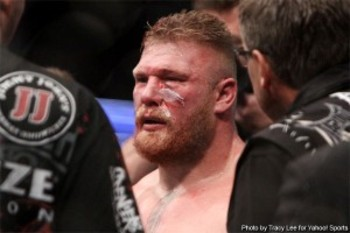 Brock_lesnar_ufc_121-300x200_display_image