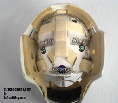 Wild_goalie_josh_hardings_mask_honors_hockeys_tragedies