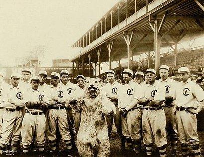 Cubs_mascot_1908_01_27_12