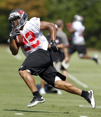 Temp120612_mm_mini_camp_0292--nfl_mezz_1280_1024_jpg