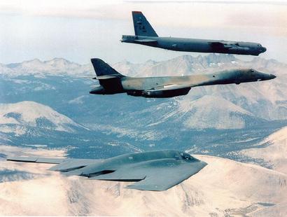B-1b_b-2_and_b-52