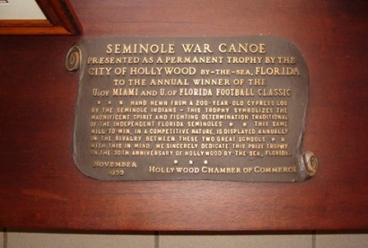 Seminole_war_canoe
