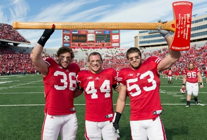 Linebackers-with-the-axe