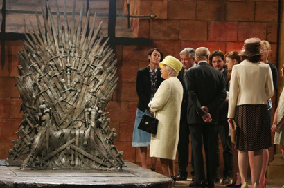 The-queen-iron-throne