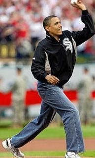 2744231072_obama_throws_like_a_girl_xlarge