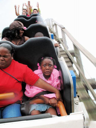Rollercoaster_scared_crapless_mom_kid