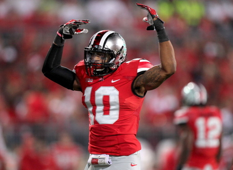 Ryan-shazier-ohio-state-2013-wave-arms-61d62d8f73793c83_medium