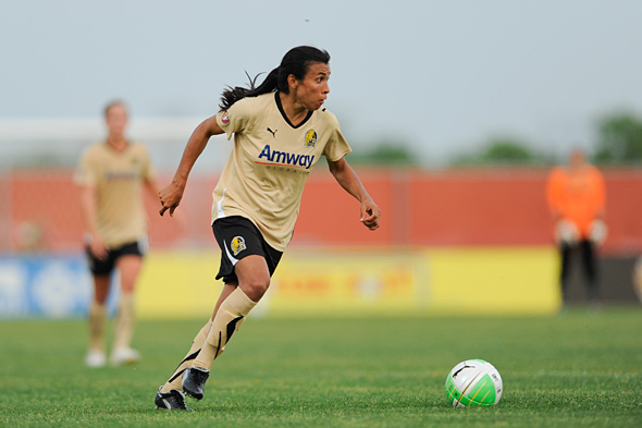 Marta and her FC Gold Pride teammates will look for their fourth win in a row Saturday night in Castro Valley as the Chicago Red Stars come to town. Photo: Howard C. Smith, isiphotos.com