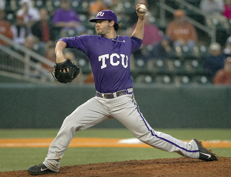 Rbz-texas-baseball-v-tcu-02_medium