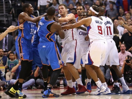 Clippers-and-thunder-fight_medium