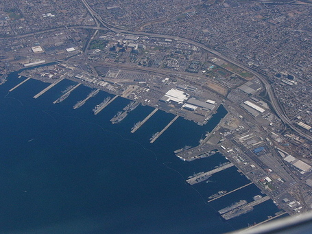 800px-san_diego_naval_base_medium