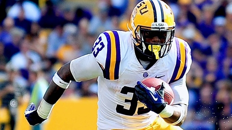 011314-cfb-lsu-tigers-jeremy-hill-tv-pi_medium