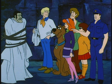 Scooby-doo-where-are-you-hassle-in-the-castle-1-03-scooby-doo-17176829-1067-800_medium