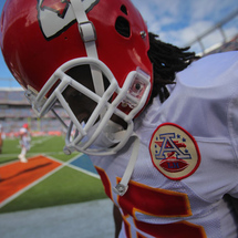 Jamaal_charles_kansas_city_chiefs_v_denver_-oy82oijdq8l