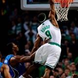 Rajon-rondo-dunk