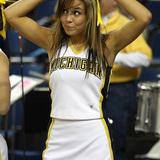 Michigan_cheerleader