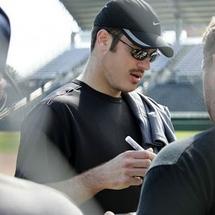 Joe-mauer-beard-to-mustache-2