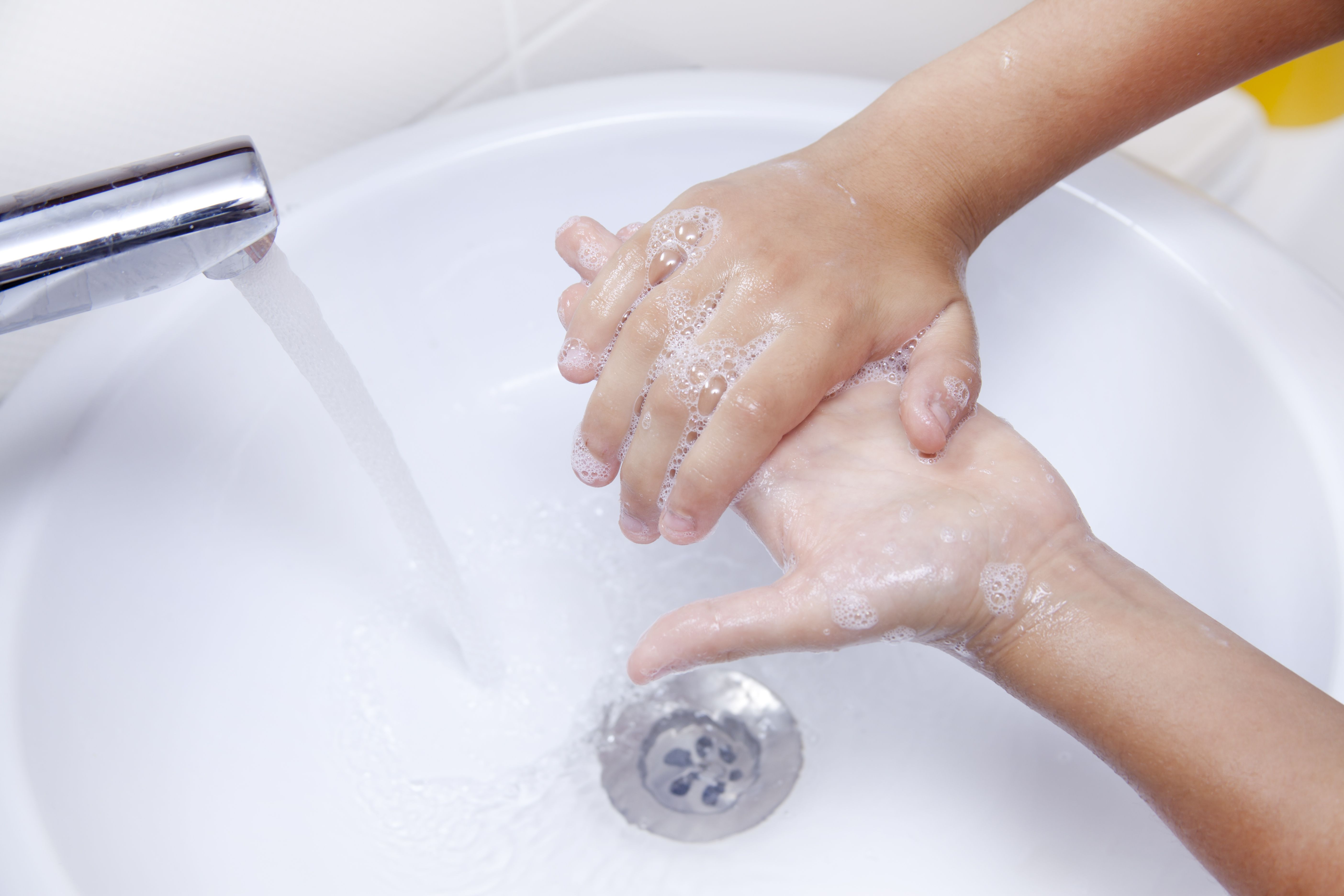 Hand washing or hand sanitizer nursing research