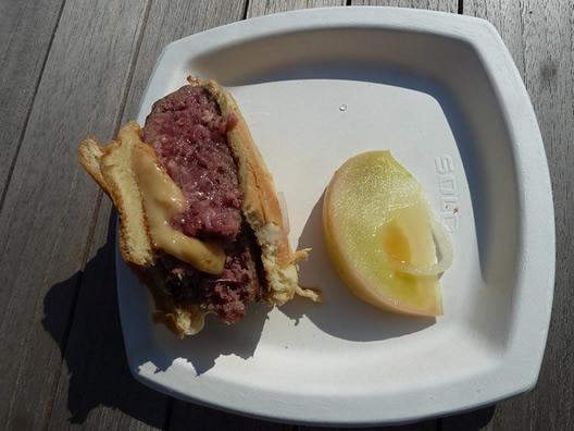 wylie-dufresne-hamburger.jpg
