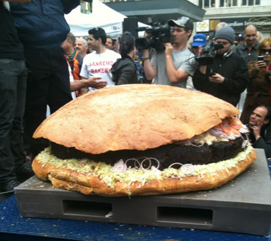 biggesthamburger.jpg