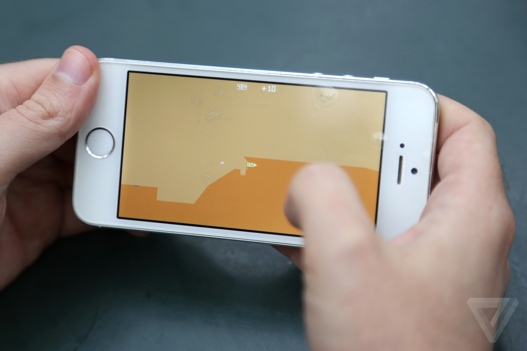 the 21 games that should be installed on every iphone the verge bounden