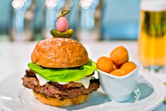 20110103-024-BurgerStyles_.jpg