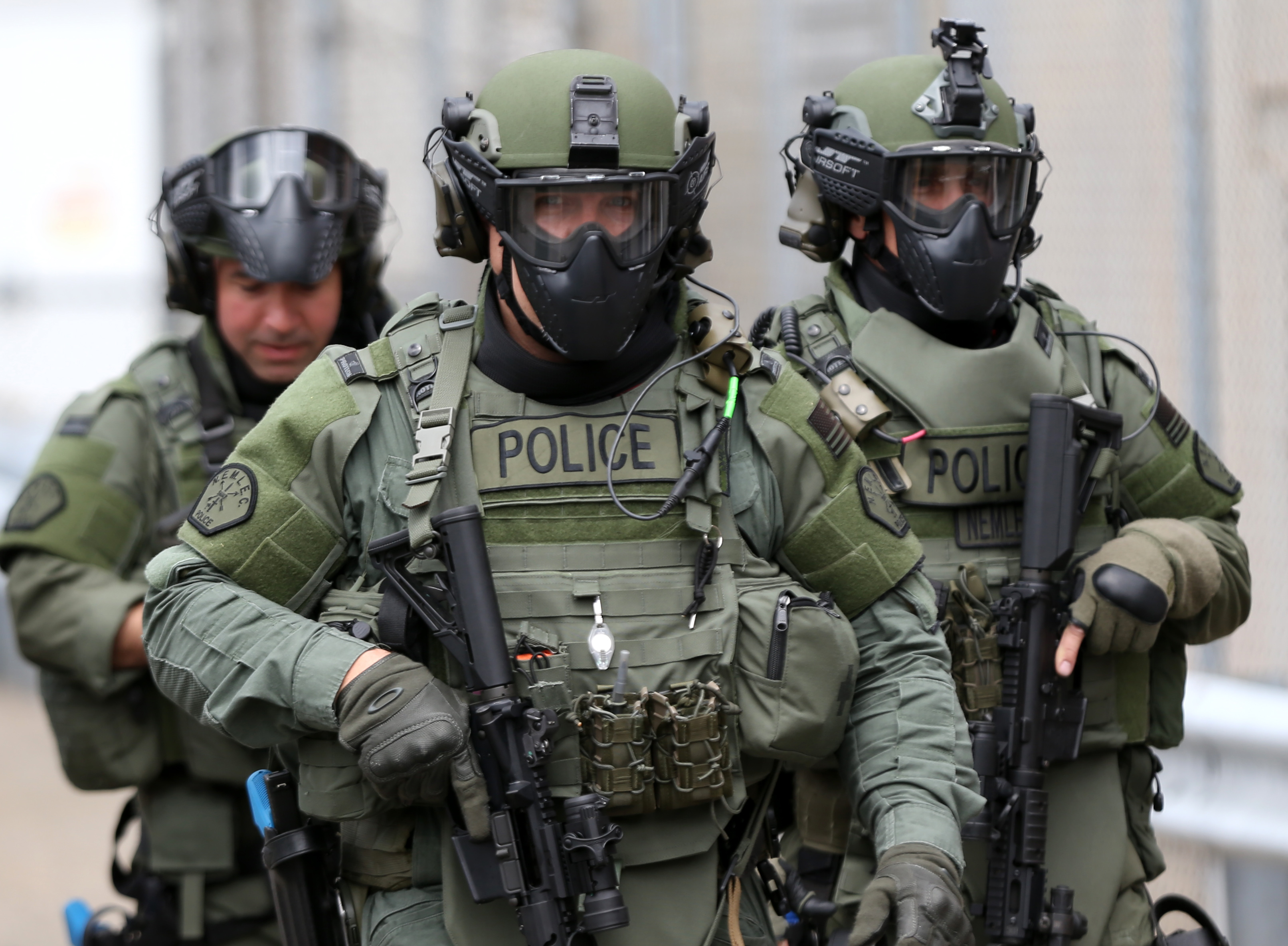 cops vs police