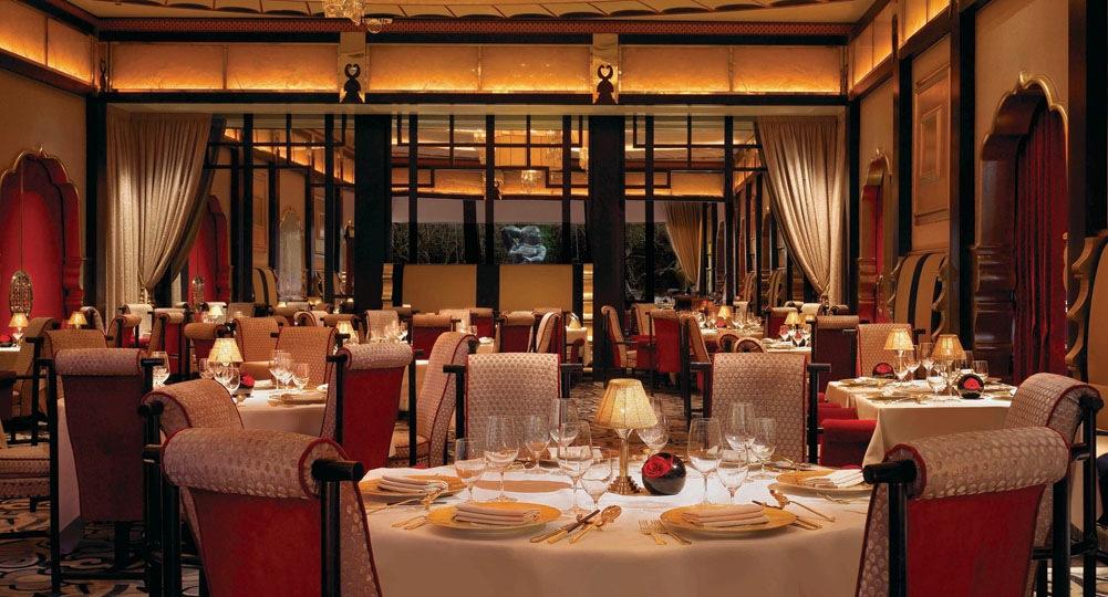 Wing_Lei_Dining_Room_Crop_Barbara_Kraft.jpg