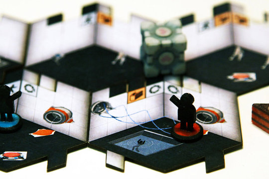portal-board-game-crop_1280.0_cinema_960.0.0.jpg