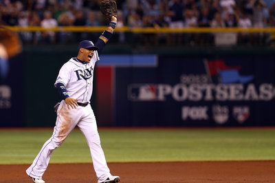 Rays extend Yunel Escobar on three year deal