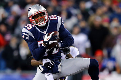 49ers sign wide receiver Brandon Lloyd to 1-year contract