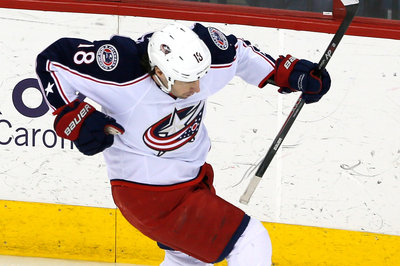 Scott Hartnell traded to Blue Jackets for R.J. Umberger, 2015 draft pick