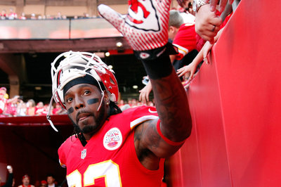 The Kansas City Chiefs shouldn't cut Dwayne Bowe