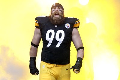 Steelers sign DE Brett Keisel
