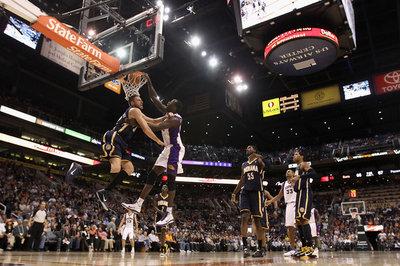 Phoenix Suns training camp: Casey Prather, Earl Barron accept invitations