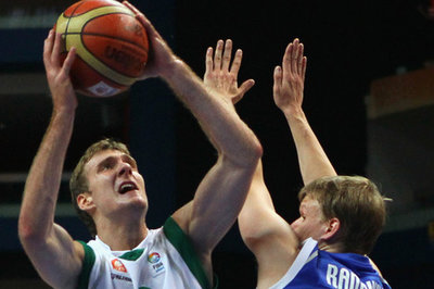 Report: Indiana Pacers showing interest in Zoran Dragic