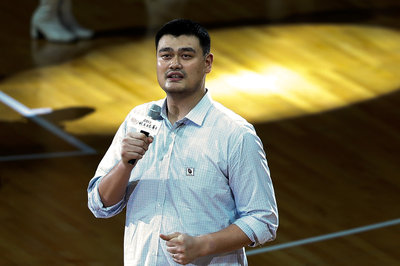 Yao Ming protects elephants, sharks, continues to be a badass