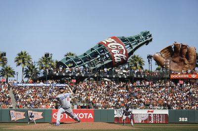 Giants fall meekly to Kershaw, Dodgers